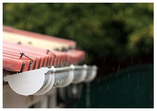Fontaner a piscinas aire acondicionado riego tuber as p v - Canalones de plastico ...